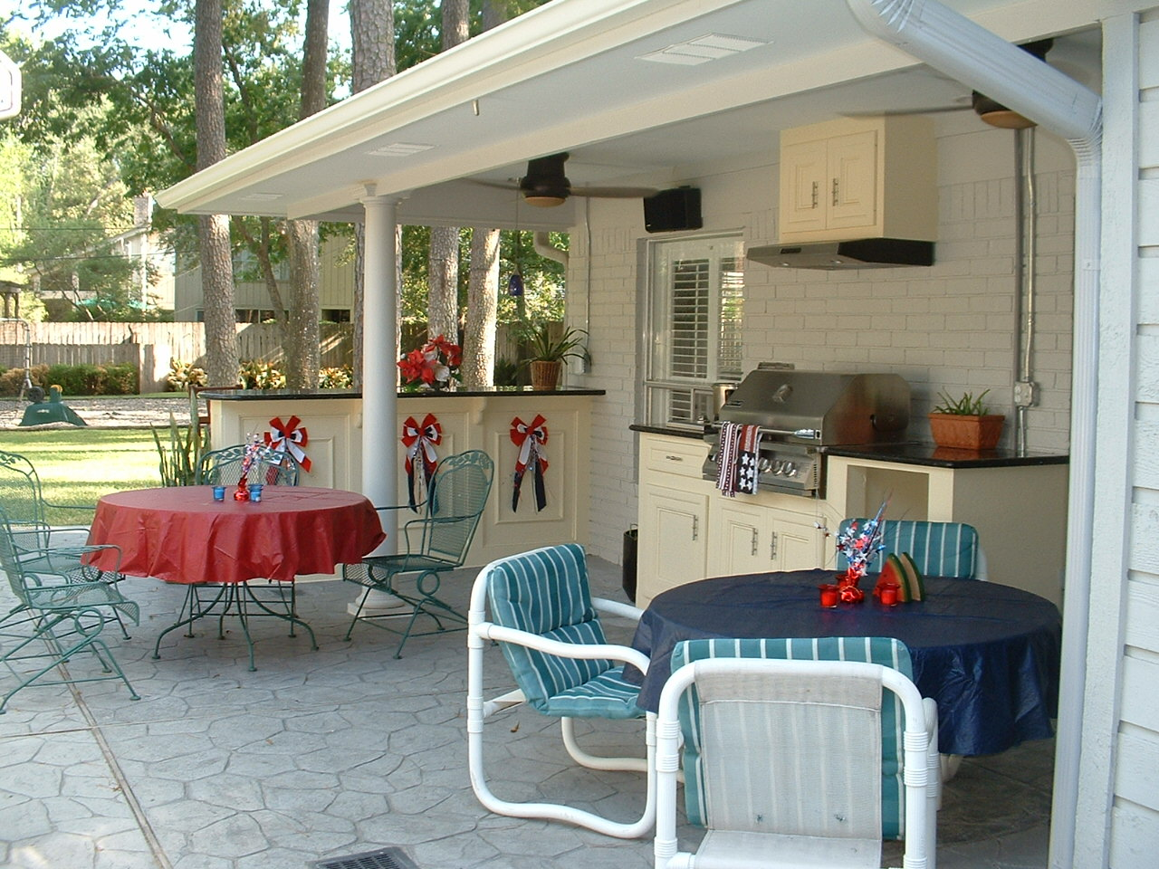 Outdoor Kitchen After Gas Grill With Side Burner Cabinets Exhaust Vent Bar