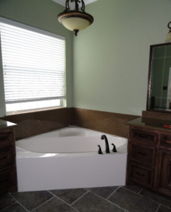 New white bath tub with new hardware and backsplash 550x600 Home Improvement and Home Remodeling.